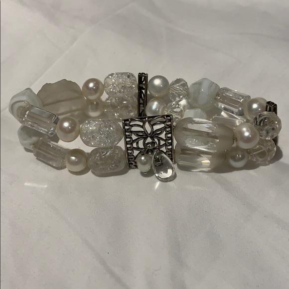 Silpada white beaded bracelet
